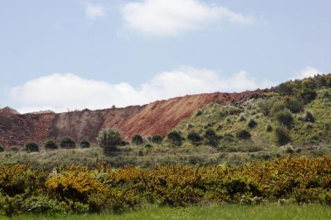 Despejo de terras na zona do velho moínho da Carregueira